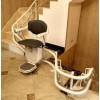 四川成都老旧小区爬楼机升降平台座椅升降机楼梯螺旋升降机
