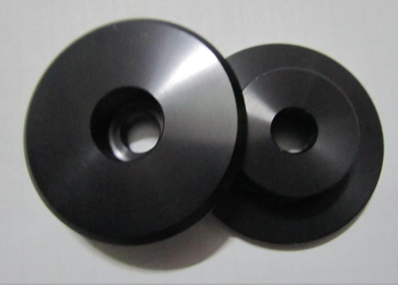 优质供应塑胶外壳转轴、塑胶镶件、细长轴、非标紧固件等