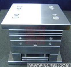 深圳宝安专业收购废模具、回收报废模具、采购二手模具
