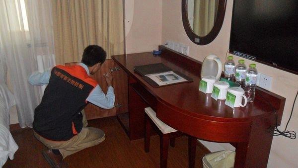 甘肃环景保洁公司居室开荒居室保洁室内空气检测,光触媒处理